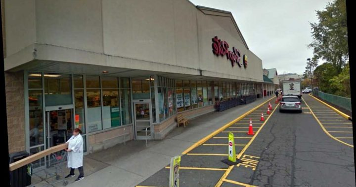 What grocery stores are doing to protect workers during coronavirus outbreak