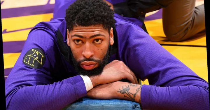 Anthony Davis puts LA mansion on market in possible hint