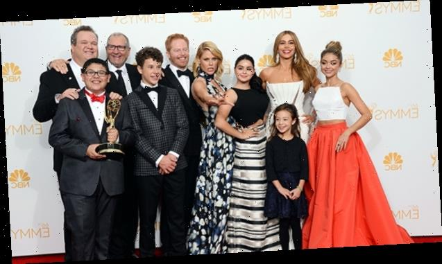 Sarah Hyland Reunites With Her 'Modern Family' Co-Stars For First Time Since Show Ended