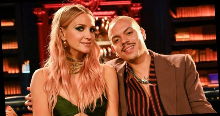 Ashlee Simpson and Evan Ross Pose for Stunning Maternity Photo