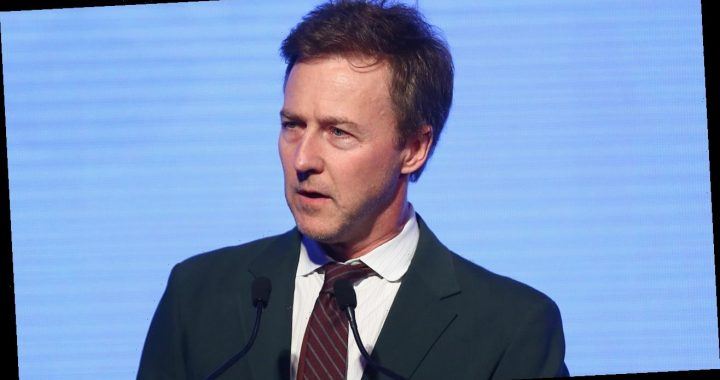 Edward Norton calls Trump a 'whiny' 'b—-' in Twitter rant: 'Call his bluff'
