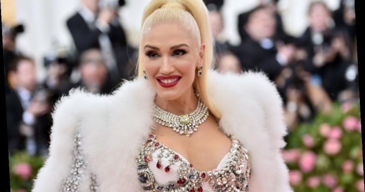Gwen Stefani Would Like for the Poop Emoji to Have This 1 Upgrade