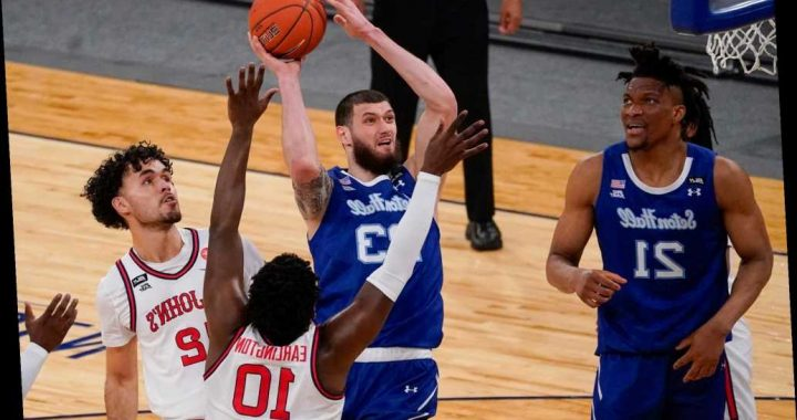 St. John's March Madness dream ends with heartbreaking OT loss to Seton Hall