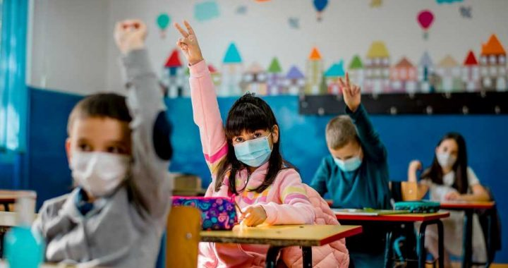 US kids get bad Marx; China students excel: Devine