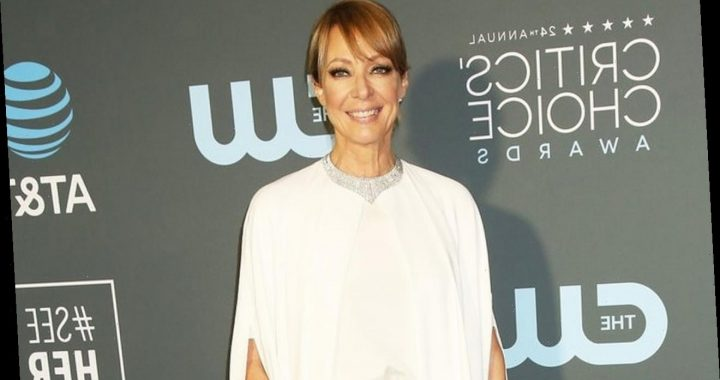 Allison Janney Doesn't Want to Have Kids and Then Regrets It