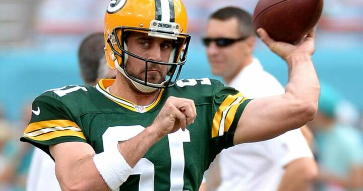 Aaron Rodgers skips Packers workout for Hawaiian vacation
