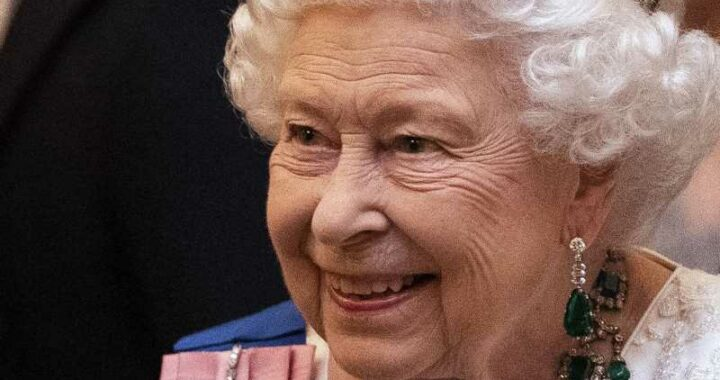 Royal Expert Reveals How Queen Elizabeth Likely Feels About Prince Harry's Interviews – Exclusive
