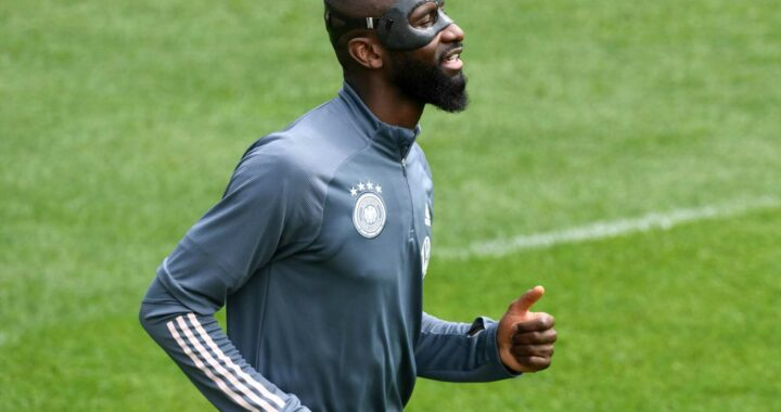Chelsea have NOT opened talks with Antonio Rudiger over new contract but Germany defender keen for fresh deal