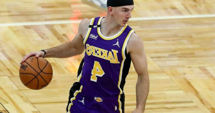 LeBron James, NBA stars try to 'free' Alex Caruso after airport weed bust