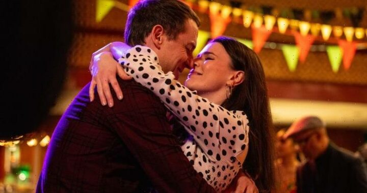 'This Way Up' Review: Season 2 of Aisling Bea's Comedy Returns as One of the Year's Best