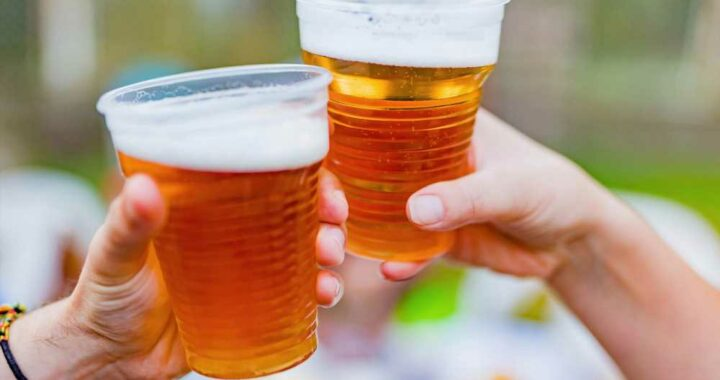 Cheers! Florida city may legalize public alcohol drinking