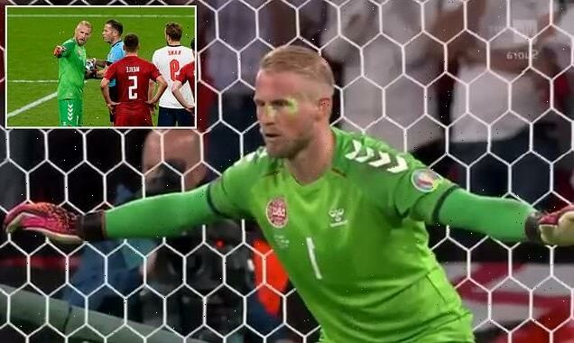 Kasper Schmeichel told the referee a laser was being pointed at him