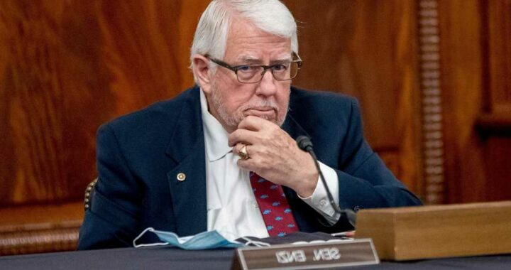 Trump, lawmakers honor Sen. Mike Enzi after sudden death from bike accident