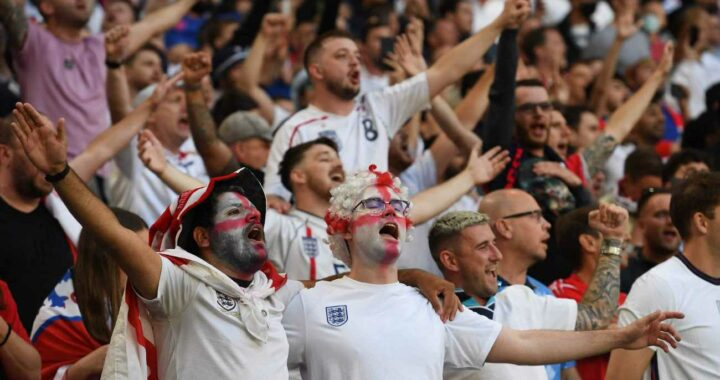 England fans not allowed to attend Hungary and Poland World Cup 2022 qualifiers due to rise in European Covid cases