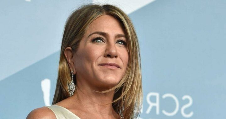 Jennifer Aniston reveals she cut ties with 'a few people' who refused to get vaccinated