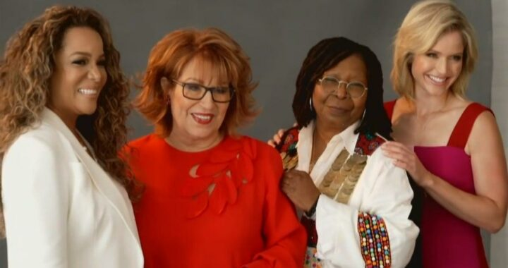 'The View' Hosts on Returning to the Studio for First Time in 2 Years