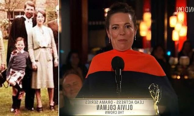 Olivia Colman get emotional and dedicates Emmy to her late father
