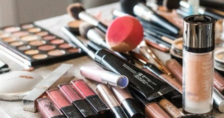 Get Organized! Expert Organizer Shares How To Clean The Clutter Off Your Beauty Counter