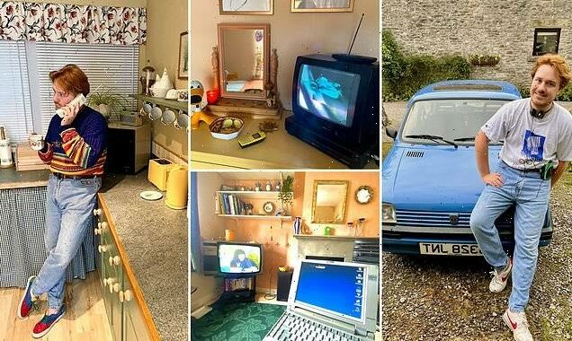 Man spends £5,000 transforming home into 1990s time capsule