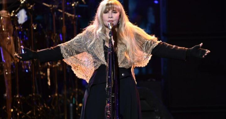 Stevie Nicks Says Her Deceased Mother Visited And Warned Her About Drinking Too Much Gatorade